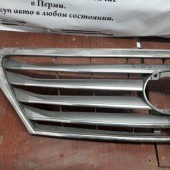 Решетка радиатора Lexus LX 570 2007> 53101-60521  1