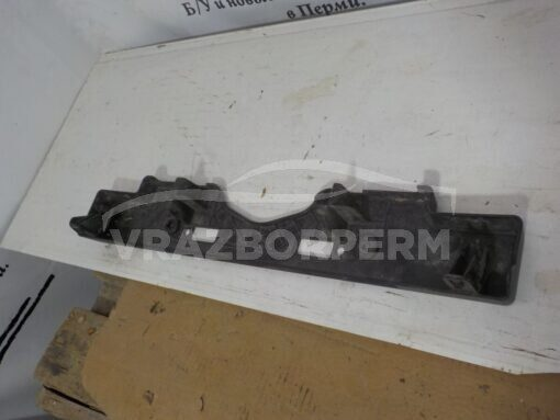 Накладка бампера переднего (под номер) Toyota Land Cruiser (200) 2008>   5211460140 б/у