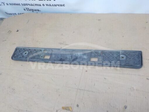 Накладка бампера переднего (под номер) Toyota RAV 4 2006-2013   5211442020 б/у
