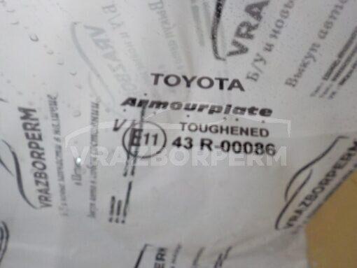 Стекло двери задней правой (опускное) Toyota Hilux 2005-2015   б/у