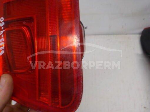 Фонарь задний правый внутренний (в крышку) Volkswagen Tiguan 2011-2016  5N0945094H