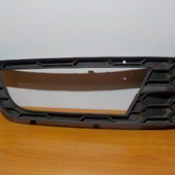 Окантовка ПТФ передней правой Skoda Octavia (A7) 2013>  5E08076829B9 б/у