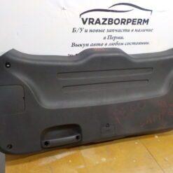 Обшивка двери багажника Hyundai Grand Santa Fe 2013>  81751b80000 2