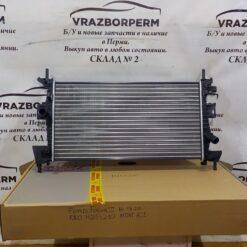 Радиатор основной Ford Focus III 2011>  1897407, 1727475, BV618005AD