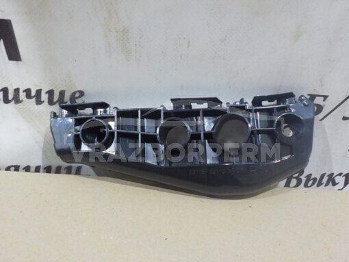 Кронштейн бампера переднего правый Toyota Corolla E15 2006-2013  5211512430, 5211502110, 5211502130
