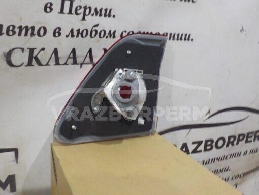 Фонарь задний левый внутренний (в крышку) Toyota Corolla E15 2006-2013  8159112150
