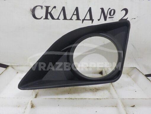 Решетка бампера переднего левая (под ПТФ) Toyota Corolla E15 2006-2013  8148212070