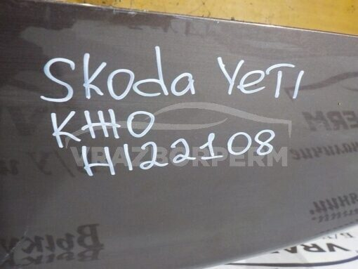 Дверь багажника Skoda Yeti 2009>  5L6827025G, 5L6827025H