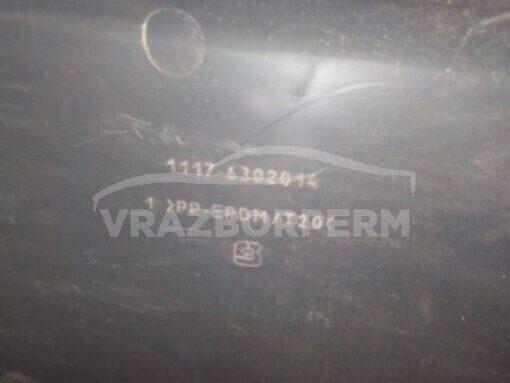 Обшивка двери багажника зад. центр. VAZ Lada Kalina 2004-2013  11176302014