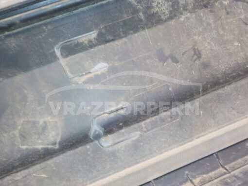 Накладка двери (молдинг) передн. прав. Volkswagen Tiguan 2011-2016   5M0854940D