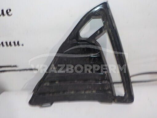 Решетка бампера переднего левая (под ПТФ) Ford Focus III 2011>  C0100143