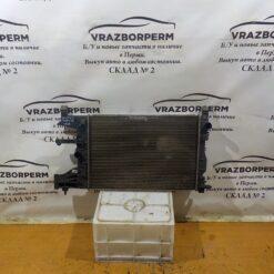 Радиатор основной Chevrolet Cruze 2009-2016  52422263, 13267651, 13267650