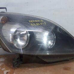 Фара правая перед. Opel Zafira B 2005-2012   93179911