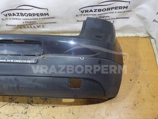 Бампер задний Volkswagen Golf V 2003-2009  1K6807421