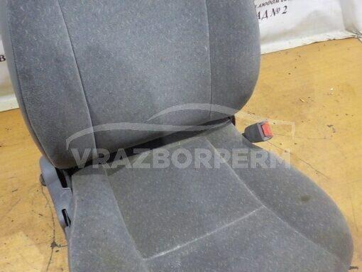 Сиденье переднее правое Chevrolet Metro (MR226) 1998-2001  96324561
