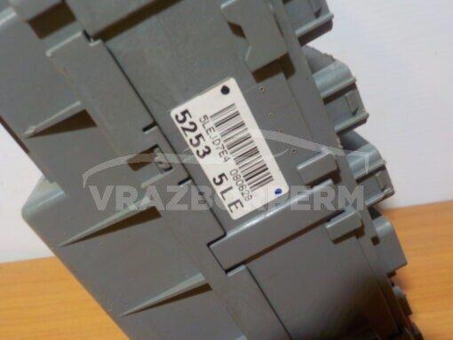 Блок предохранителей Honda Civic 4D 2006-2012  52535le