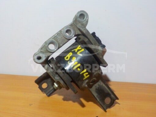 Опора двигателя правая Mitsubishi Outlander XL (CW) 2006-2012   MN184372