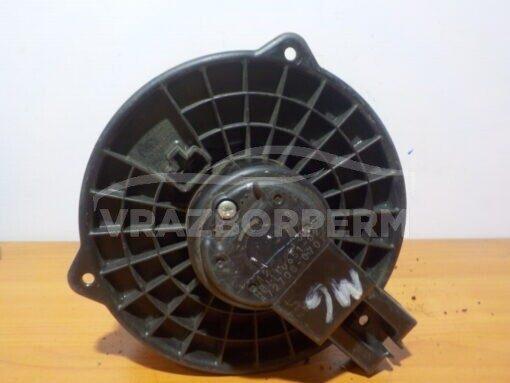 Моторчик отопителя Mazda CX 5 2012-2017  HB111D65102
