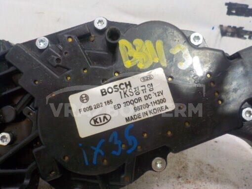 Моторчик стеклоочистителя заднего Kia Ceed 2007-2012  987001H300