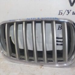 Решетка радиатора перед. прав. BMW X5 E70 2007-2013  51137171396
