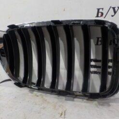 Решетка радиатора левая перед. BMW X3 F25 2010-2017  51117338 571 2