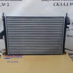 Радиатор основной Nissan Almera (G15) 2013>  214100980R, 8200735039, 2140000Q2L 4