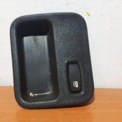 Накладка (кузов внутри) центр. Renault Logan 2005-2014  8200739460