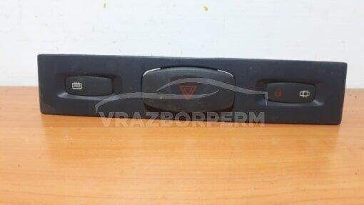 Кнопка аварийной сигнализации Renault Clio II/Symbol 1998-2008   8200467830