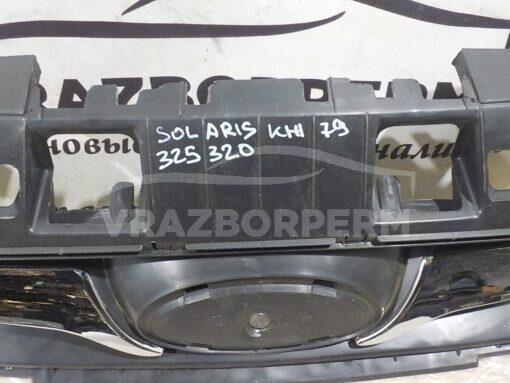 Решетка радиатора Hyundai Solaris 2010-2017  863511R000