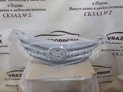 Решетка радиатора Mazda Mazda 3 (BK) 2002-2009  BN9G50710C, BN9G50710B
