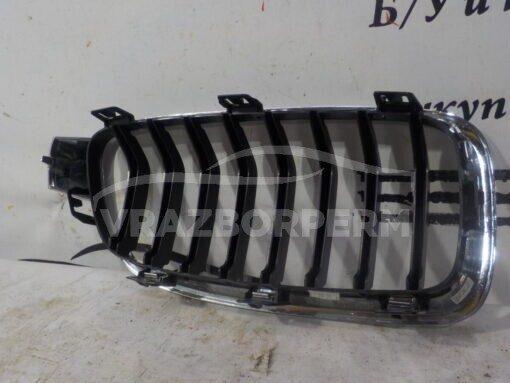 Решетка радиатора левая BMW 3-серия F30/F31 2011>  51137405835,51137255411,18801310