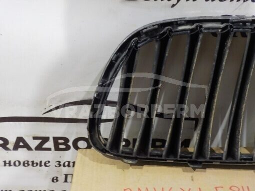 Решетка радиатора левая BMW X1 E84 2009-2015  51112993306