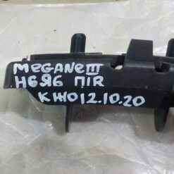 Кронштейн бампера переднего правый Renault Megane III 2009-2016  620940002R, 620500001R 2