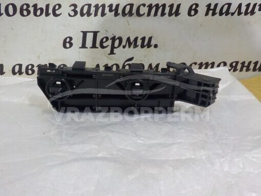 Кронштейн бампера переднего правый Honda CR-V 2007-2012  71193SWA003