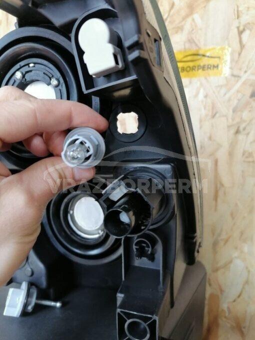 Фара правая перед. Nissan Almera (G15) 2013>  260104AA0A