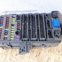 Блок предохранителей Honda CR-V 2007-2012 38200SWAA12 1