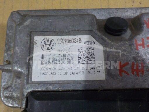 Блок управления двигателем (ЭБУ/мозги) Skoda Fabia 2007-2015  03C906024B