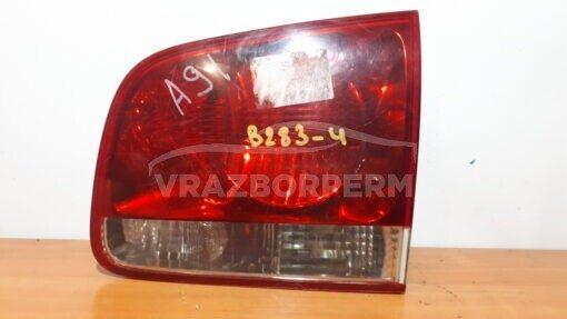 Фонарь задний правый внутренний (в крышку) Volkswagen Touareg 2002-2010   7L6945094S