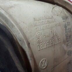 Фонарь задний правый внутренний (в крышку) Volkswagen Touareg 2002-2010   7L6945094S 2