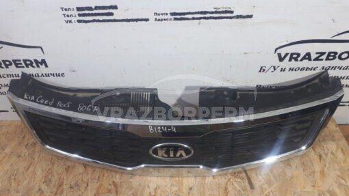 Решетка радиатора Kia Ceed 2007-2012  863511H500