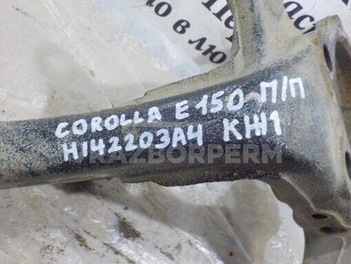 Кулак поворотный передний правый Toyota Corolla E15 2006-2013  4321112460