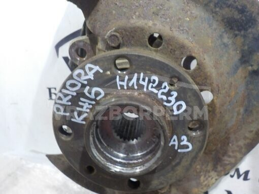 Кулак поворотный передний левый VAZ 21100  2110211121122113211421151118