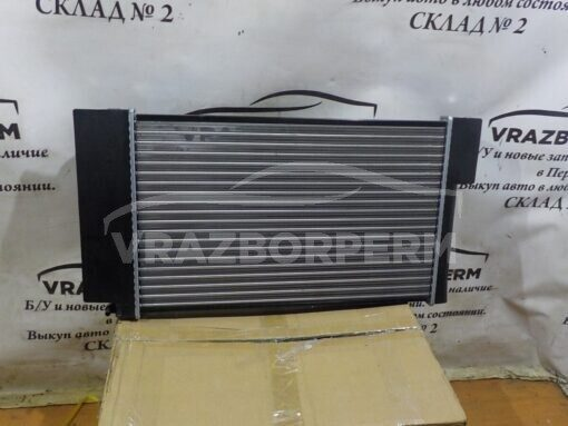 Радиатор основной Toyota Corolla E15 2006-2013  1640022250, 164000D410, 164000T160, 164000T150, 164000D430, 1640022160, 1640037250, 1640022200, 164000T180