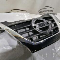 Решетка радиатора Nissan Juke (F15) 2011>  620721KZ6A 2