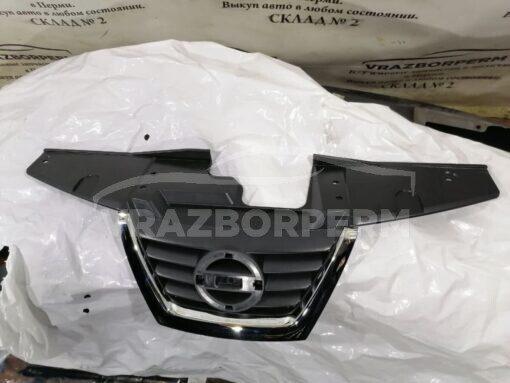 Решетка радиатора Nissan Juke (F15) 2011>  620721KZ6A
