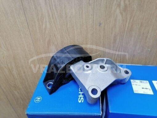 Опора двигателя правая Renault Logan II 2014>  112101292R, 112106577R