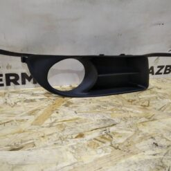 Решетка бампера переднего правая (под ПТФ) Toyota Corolla E12 2001-2007 5212702150, 5212712150 2