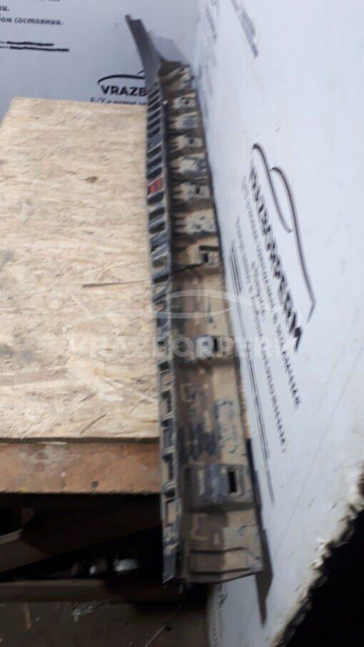 Накладка порога (наружная) прав. Renault Duster 2012>  7645800003R