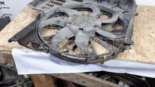 Вентилятор радиатора (диффузор) перед. BMW X5 E53 2000-2007  7521767