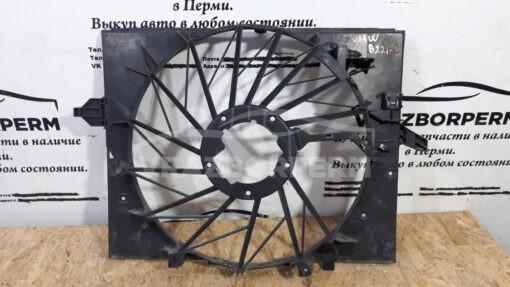 Кожух вентилятора (диффузор) перед. центр. BMW 5-серия E60/E61 2003-2009   1742754328203